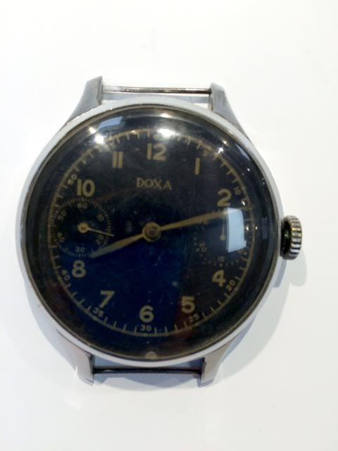 68ee66e2a05 Starožitné hodiny a hodinky